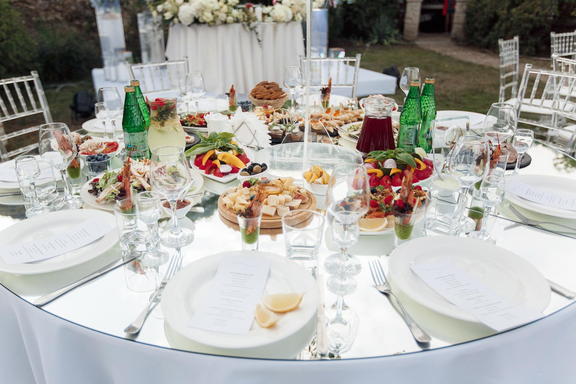 Организация выездного обслуживания на свадьбе в Крыму